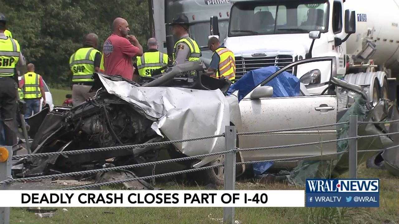 Witness: Erratic car crashed head-on into big rig before 3