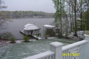 A dusting of snow from the morning of Apr 7, 2007 at Gaston Lake. Photo courtesy of Keith Weaver.