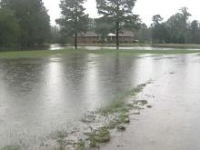 Four Oaks family deals with flooding