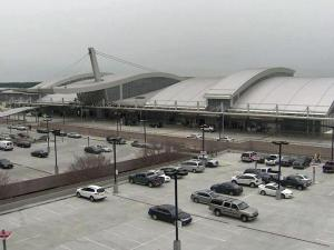 Everything was running smoothly at Raleigh-Durham International Airport Monday night, but at least 25 flights have been cancelled for Tuesday morning due to inclement weather.
