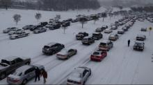 Snow causes gridlock in Raleigh