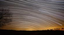 IMAGES: Make stars sweep across sky with these tricks