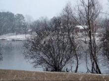 Video: Snow falls in Fuquay-Varina
