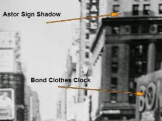 """Researchers used clues in the shadows cast by the afternoon sun onto buildings to determine when the iconic """"Kissing Sailor"""" photograph was taken (Credit Eisenstaedt/Life Magazine)"""