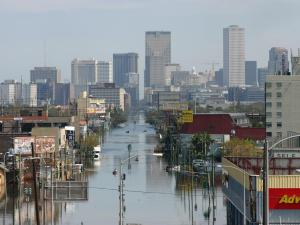 WRAL photographer Thomas Bradley, who worked for CNN in 2005, shares photos of Hurricane Katrina damage in and around downtown New Orleans.