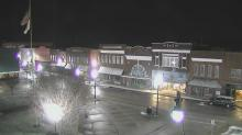 Snow falls in Roxboro
