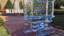 TIMELAPSE: Crew sets up WRAL ice sculpture