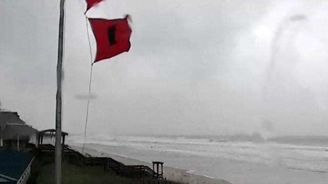 Hurricane Florence coverage: Live cameras along Carolina coast ... on