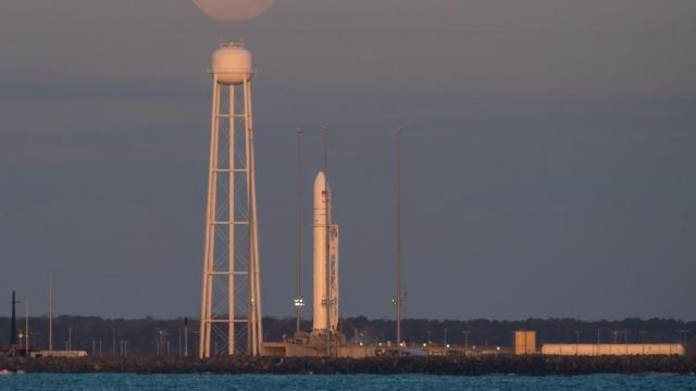 The Antares rocket at the Mid-Atlantic Regional Spaceport (MARS) launch Pad-0A ahead of a planned Sunday 5:39 pm launch (Credit: NASA/WFF)