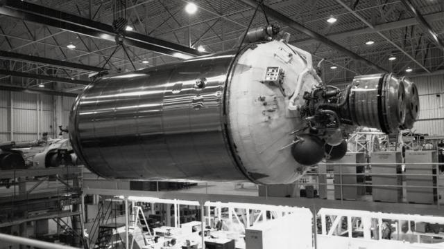 This 1964 photograph shows a Centaur upper-stage rocket before being mated to an Atlas booster. A similar Centaur was used during the launch of Surveyor 2 two years later. Credit: NASA
