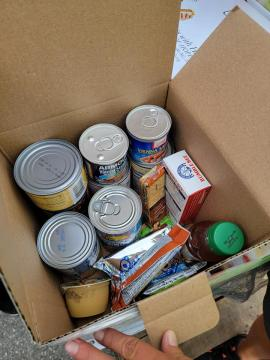 Hearts and Hands mission is passing out food to those without power