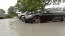 Video captures intense rain, flooding in Miami