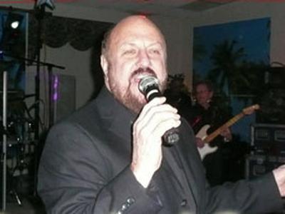 Jackie Gore (www.legendsofbeach.com)