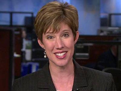 Elizabeth Gardner's earlobe wardrobe gets viewers' attention.