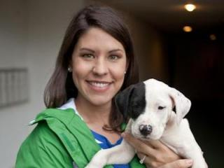 WRAL reporter Tara Lynn and her foster dog, Lily. (Photo courtesy of InBetweentheBlinks.com)