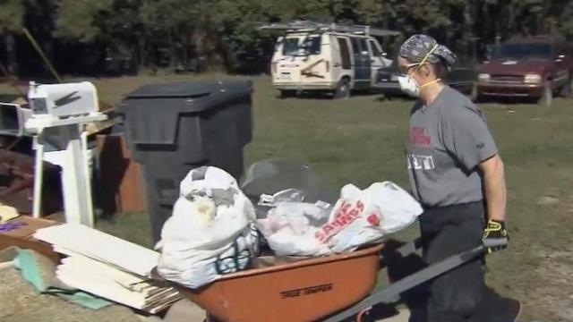 Veterans volunteer for Hurricane Matthew victims